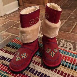 Red Woolenstock boots ❄️